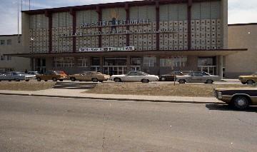 Ville de montr al les grandes rues de montr al boul for Cegep du vieux montreal piscine
