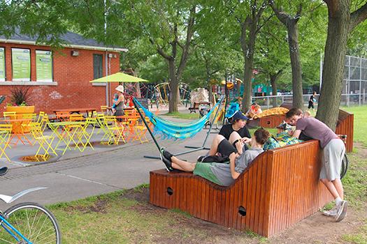Ville De Montreal Arrondissement Le Plateau Mont Royal Mobilier