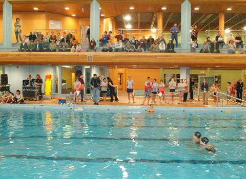 Piscine aquatique saint leonard for Club piscine montreal