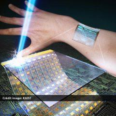 Des chercheurs révèlent un écran flexible que vous pouvez porter sur votre poignet