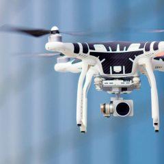Ce drone vole sans batterie grâce à l'induction électromagnétique