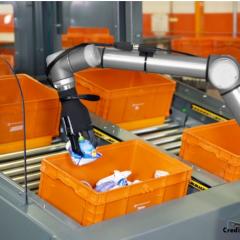 Un robot connecté au Cloud s'attaque au ramassage d'objets dans les entrepôts