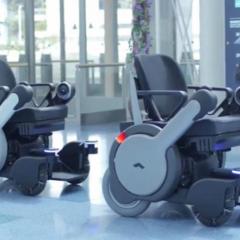 Des fauteuils roulants autonomes dans les aéroports