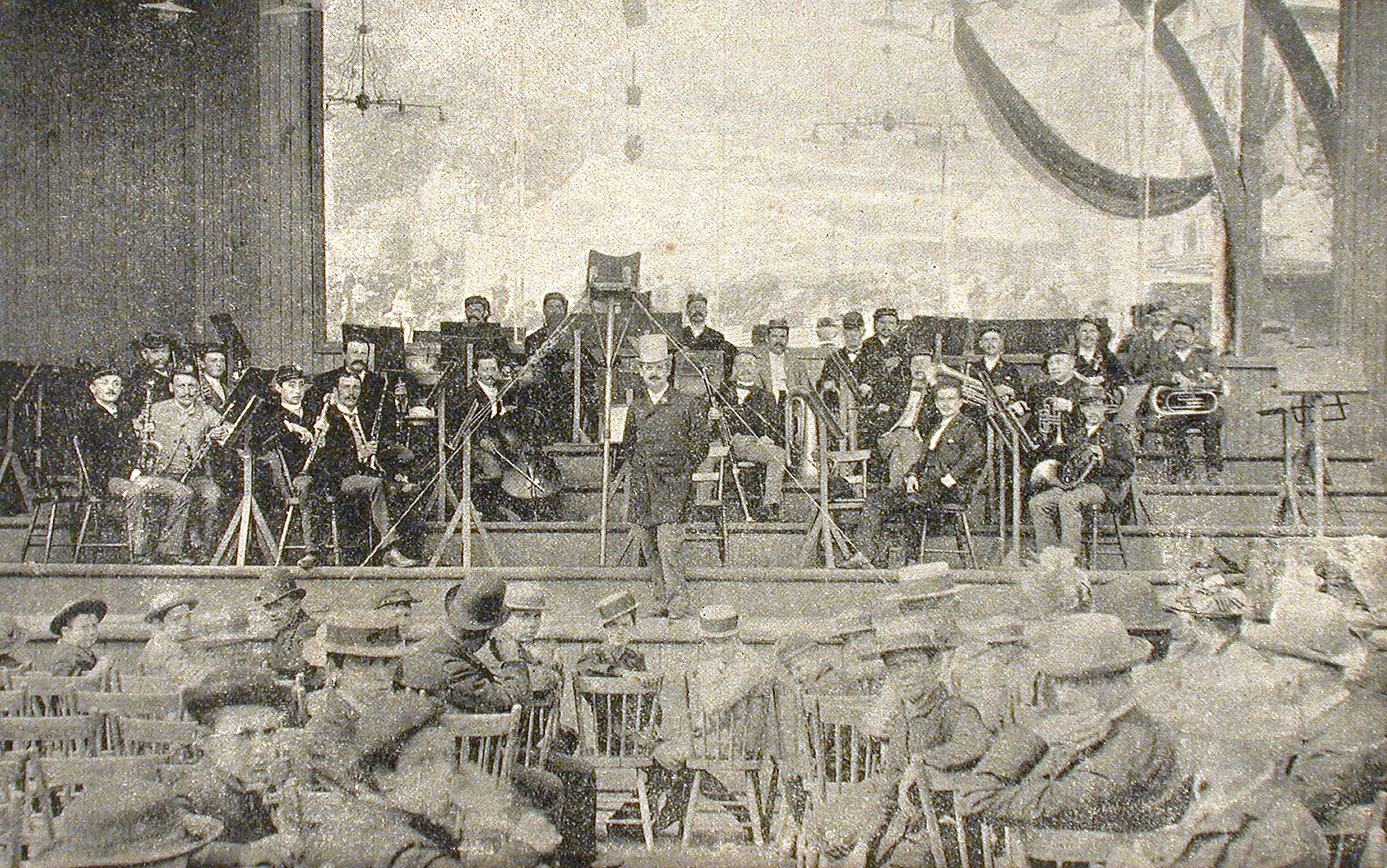 M. Lavigne et son orchestre au parc Sohmer en 1890.