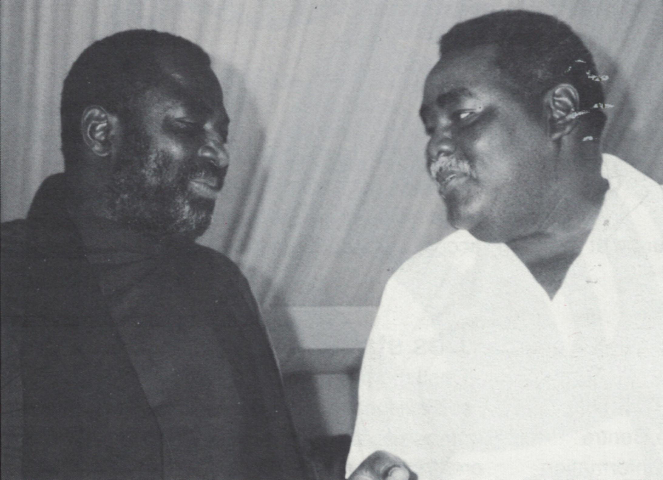 Ousseynou Diop et le cinéaste guinéen Cheick Doukouré