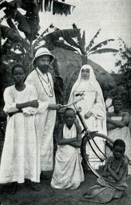 Un Père blanc et une Sœur blanche en mission sur le continent.