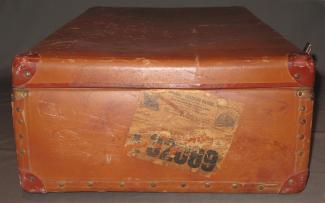 Détail de la valise d'une immigrante italienne