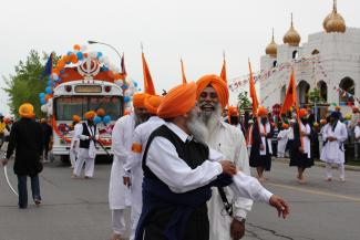 La célébration de la Khalsa, dans la rue Cordner à LaSalle devant le temple sikh.