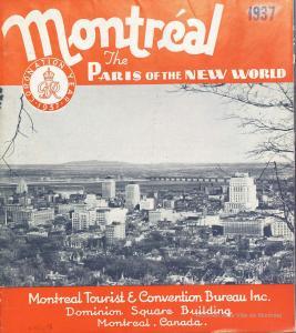 Brochure avec des bandes rouges dans le haut et le bas de la page couverture. Au centre, il y a une photographie en noir et blanc du centre-ville de Montréal.