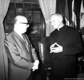 Le cardinal Karol Wojtyla (futur Jean-Paul II) et Jean Drapeau en 1969.
