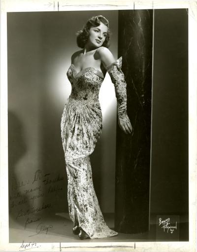 Photo d'Alys Robi en 1947.