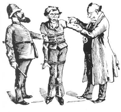 Un policier, à gauche, tient un homme attaché, au centre, qui est en train de se faire vacciner par un médecin.