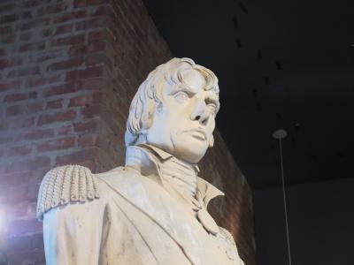 Statue de l'amiral Horation Nelson au Centre d'histoire de Montréal