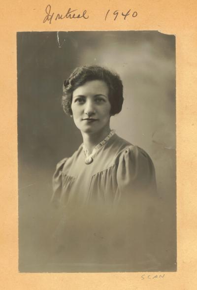 Portrait de Léa Roback en 1940