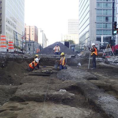 Fouilles archéologiques dans la rue Sherbrooke