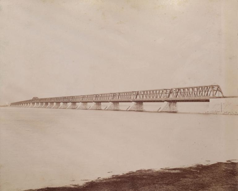 Le pont Victoria avec la nouvelle structure ouverte en 1899