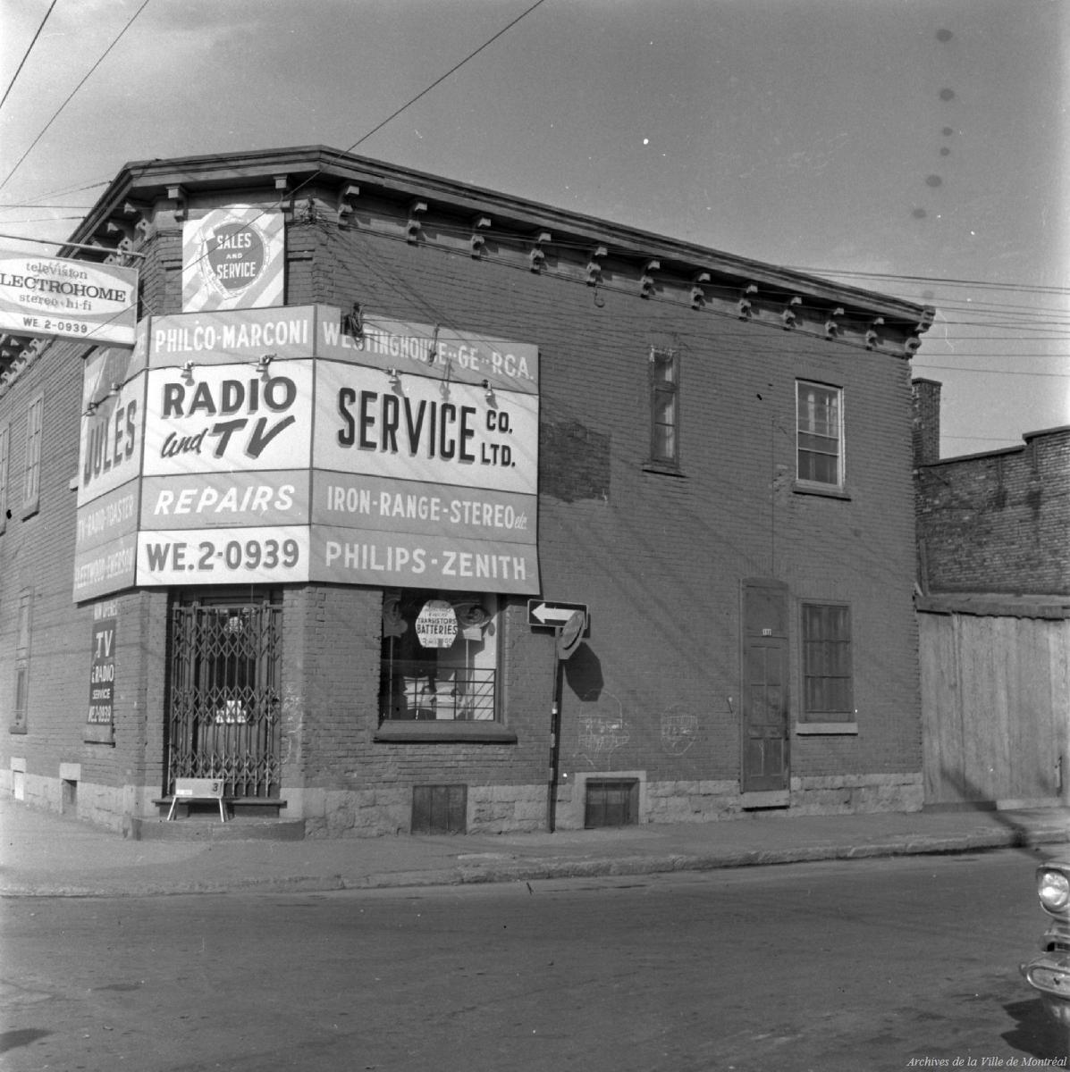 Montreal A L Heure De La Radio Memoires Des Montrealais