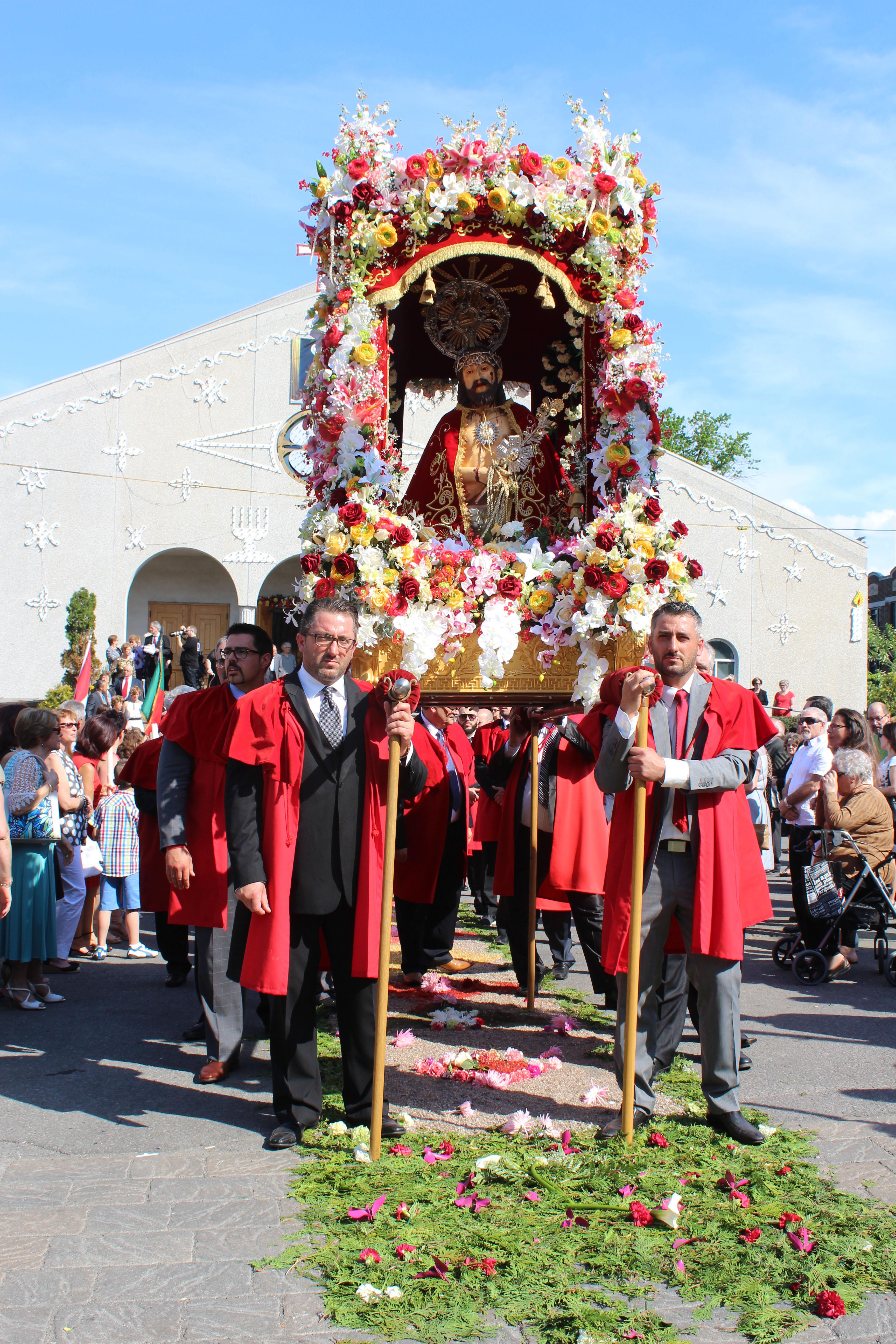 Ecce Homo, statue représentant Jésus-Christ portant la couronne d'épines, pour la procession de Santo Cristo.