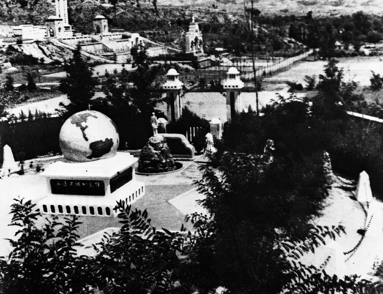 Statue de Norman Bethune en Chine en 1940