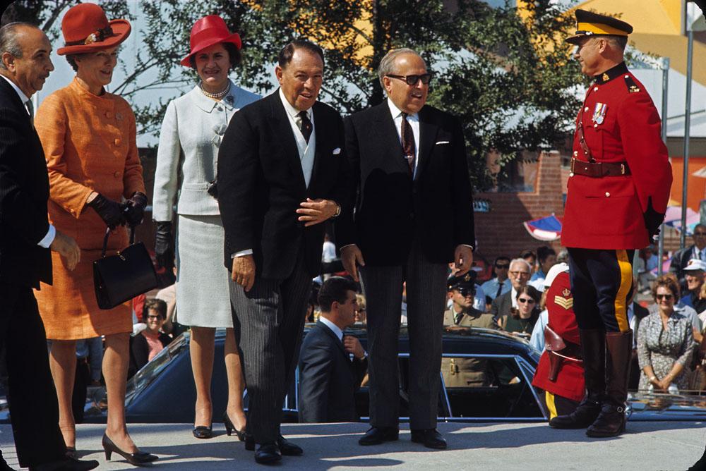 Pierre Dupuy lors des cérémonies de la Journée du Mexique