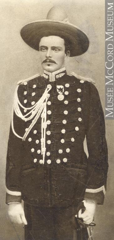 Honoré Beaugrand vers 1865.
