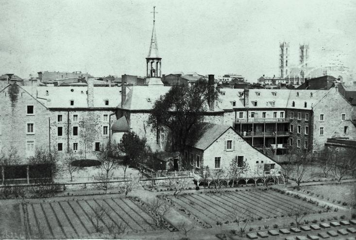 Vue de l'arrière du couvent des Soeurs Grises en 1867.