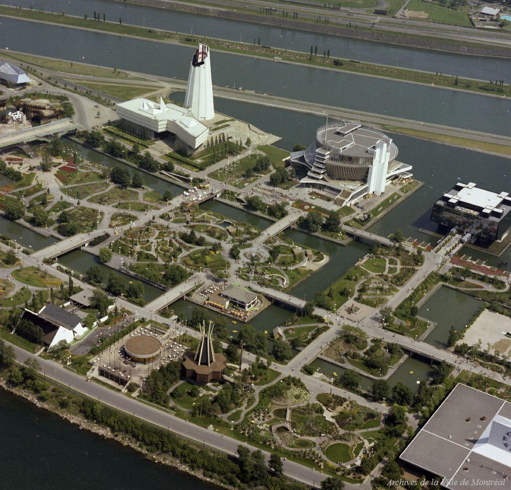Vue aérienne de l'île Notre-Dame au moment des Floralies.