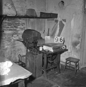 L'intérieur d'une buanderie chinoise à la main à la fin du XIXe siècle.