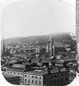 Vue de Montréal en direction nord-ouest depuis la tour de l'église Notre-Dame.