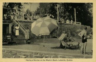 Terrasse sur le lac Saint-Louis devant le Maples Inn après 1914.