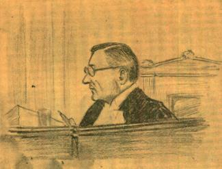 Dessin d'un homme vêtu d'une toge de juge. Il est assis derrière un bureau et est de profil avec un crayon dans les mains.