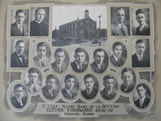 Photo composite montrant l'école Notre-Dame-de-la-Défense et ses finissants en 1931-1932