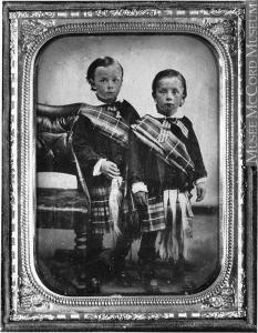 Daguerréotype des garçons de la famille Reford en 1855.