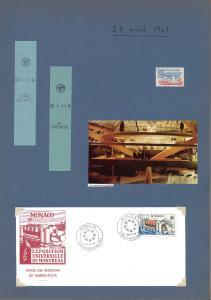 Page d'un des albums personnalisés de Yolande Méthot avec deux correspondances de métro, un timbre du Canada, une enveloppe avec le timbre de Monaco, une coupure de revue