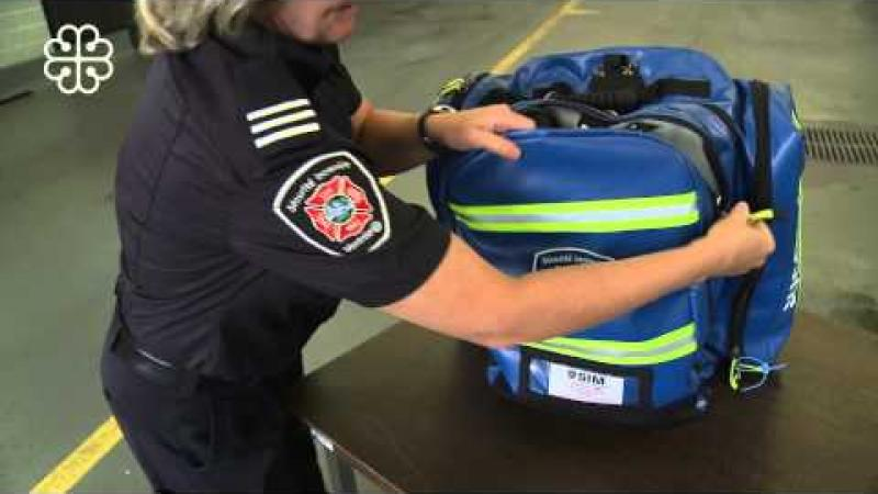 First responders - A new, ergonomic first-aid kit (in French)