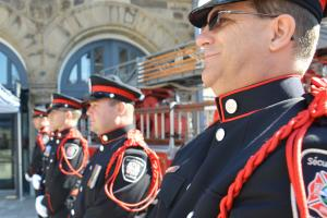 SIM guard of honour
