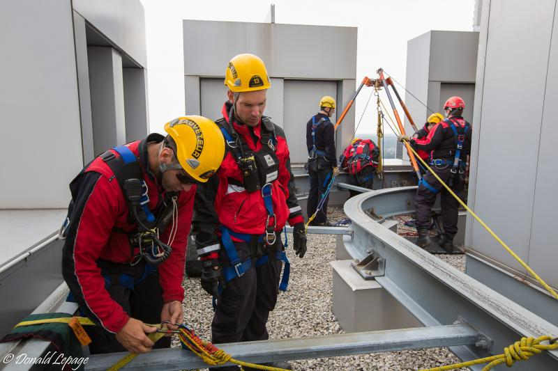 High altitude rescue simulation