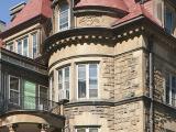 Façades avenue du Docteur-Penfield et rue Peel de la maison James-Ross. Photographie.