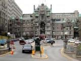 L'ensemble monumental de 1893 de l'Hôpital Royal Victoria, conçu par l'architecte Henry Saxon Snell.