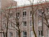 Le pavillon Masson est érigé en 1963-1964 par Olius P. Bois afin de servir de résidence pour les Religieuses Hospitalières qui travaillent à l'Hôtel-Dieu.