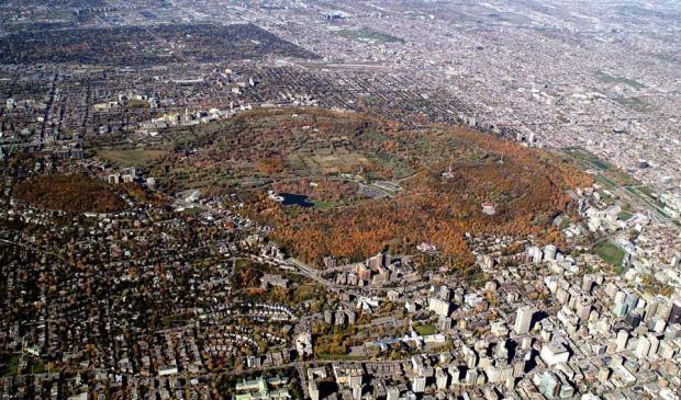 Vue aérienne du territoire du Site pattrimonial Royal. Photographie.
