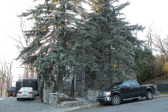 1369, rue Redpath Crescent