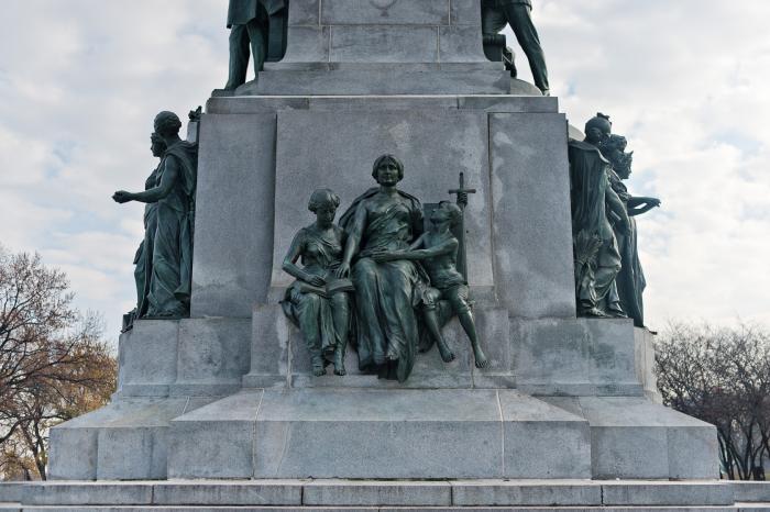 George William Hill, « Monument à George-Étienne Cartier », 1919 (détail).