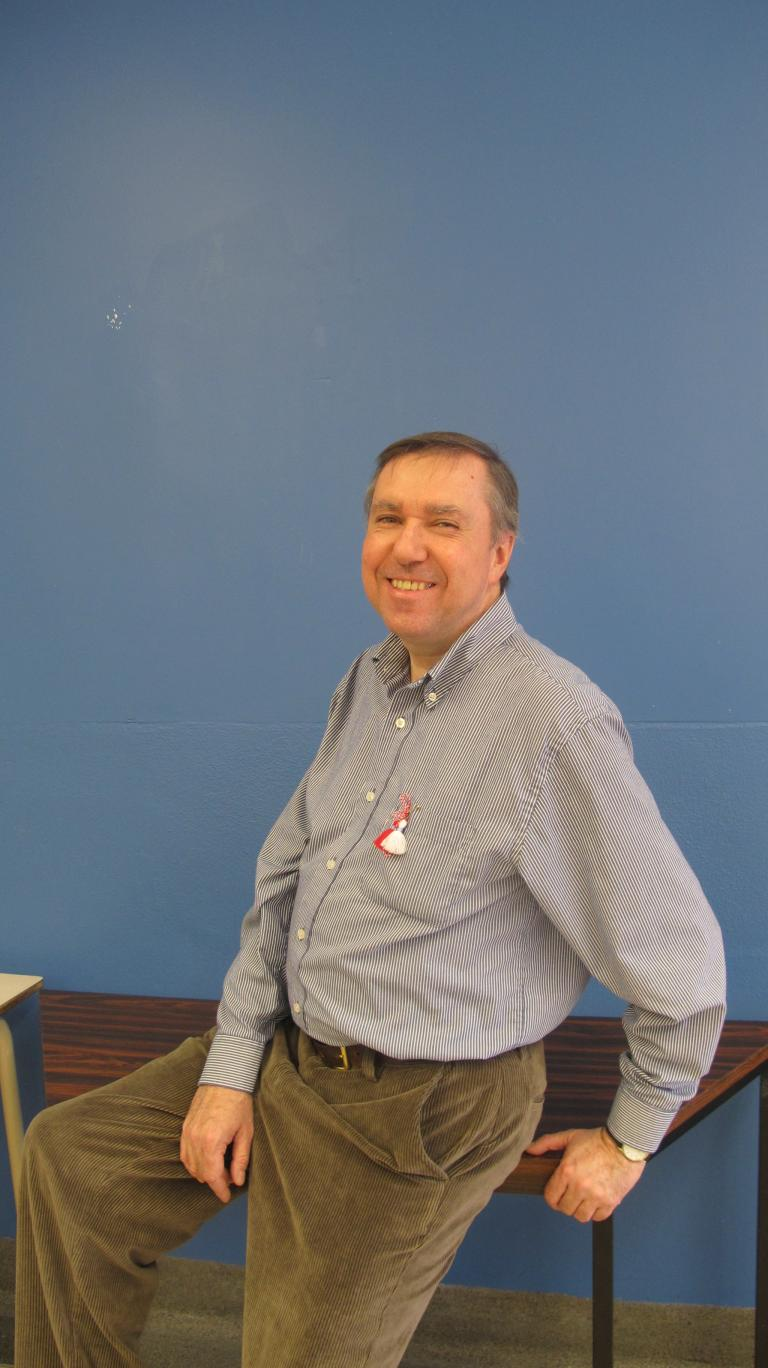 Photo de Denis Julien enseignant à l'école St-Luc