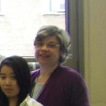 Hilda Eddé et sa classe